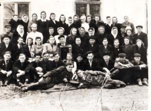 Anastasiya v sanatorii 1953 god 300x221 - Обработанные фото