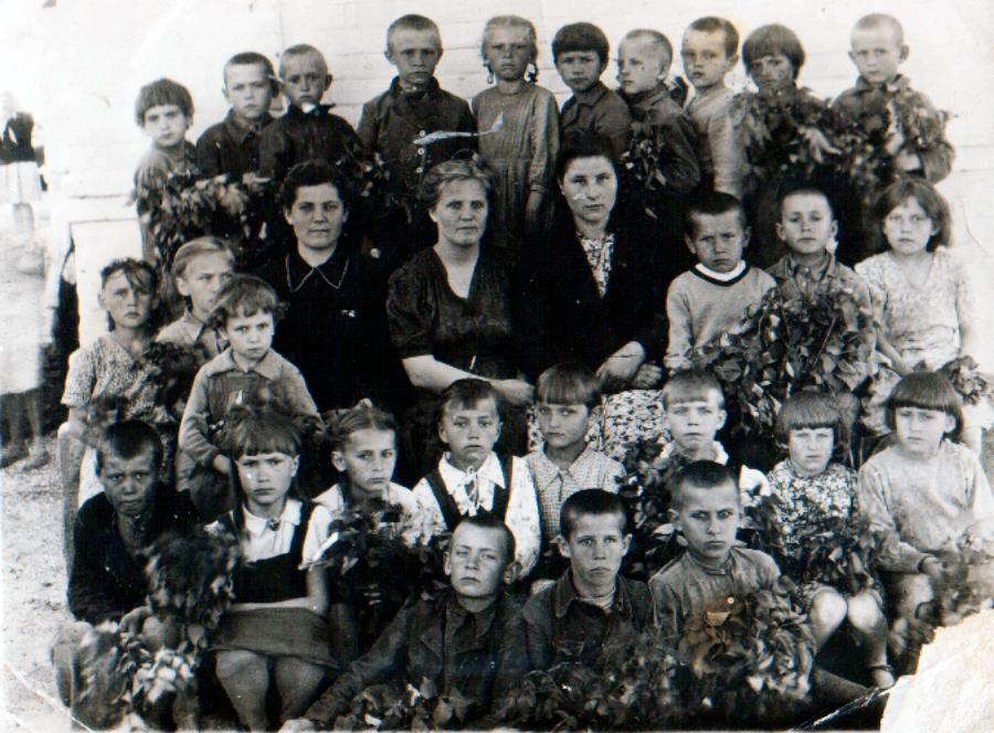Katya Bojko v shkole 3 klass - Детство и школьные годы