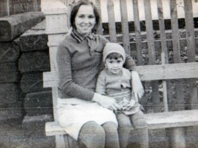Mladshaya doch Marii Valya Goldysh s Lenoj Noginoj 400x300 - Фото семьи Екатерины: супруг, дети