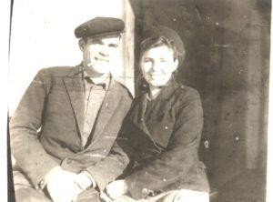 Nikolaj i Tatyana Demchenok primerno 1948 god 300x222 - Мы помним о них!