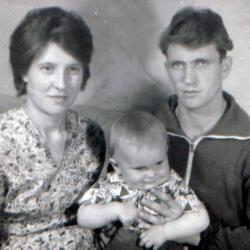 Фото семьи Екатерины: супруг, дети