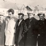 Фото 1. В. Парубец с бывшими детдомовцами. г. Мелитополь