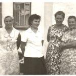 Tatyana Demchenko v podrugami 1980 god 150x150 - Дочь Татьяна