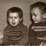 ZHENYA i OKSANA. Deti odnogodki VALERIYA i VIKTORA Gorbanya 1970 g 150x150 - Сыновья