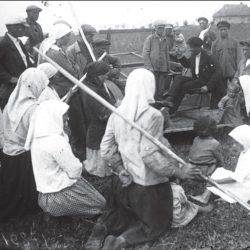 foto 12 250x250 - Малоизвестные фотографии Украины 1920-30-х годов