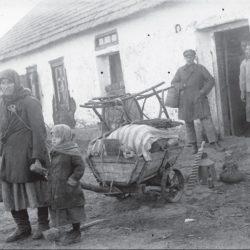 foto 24 250x250 - Малоизвестные фотографии Украины 1920-30-х годов