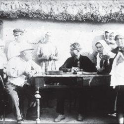 foto 8 250x250 - Малоизвестные фотографии Украины 1920-30-х годов