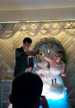fontan shampanskogo 250x360 - Свадьба младшего сына