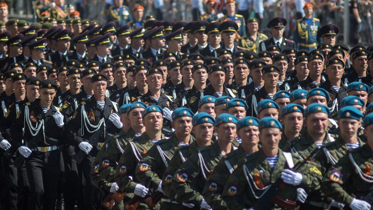 24.06.2020 1 - Вопреки COVID-19: Донецк провел военный парад